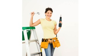 8 BASIC TOOLS THAT ALL WOMEN NEED: THE MODERN DAY HANDY-WOMAN